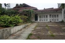 Di Jual Rumah Tua di Jl. Lapangan Hijau, Pondok Indah