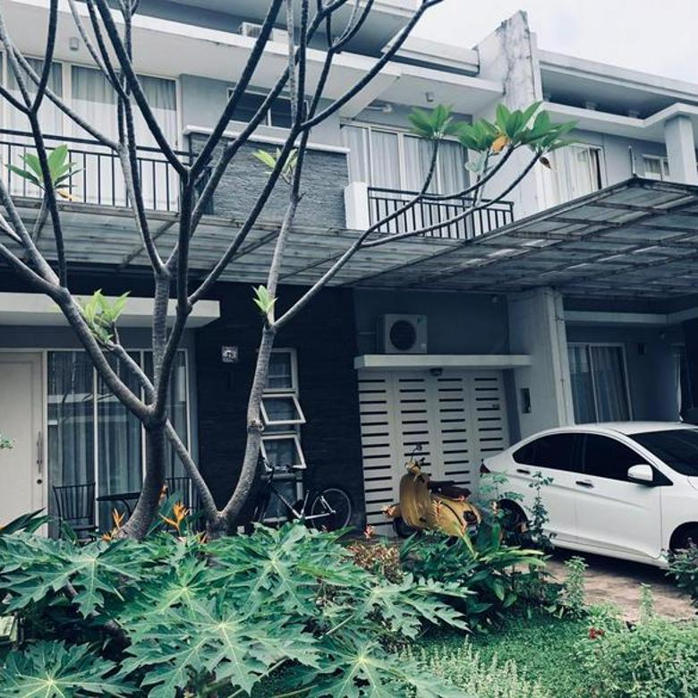 Rumah Full furnished  Hunian nyaman ( dalam cluster )