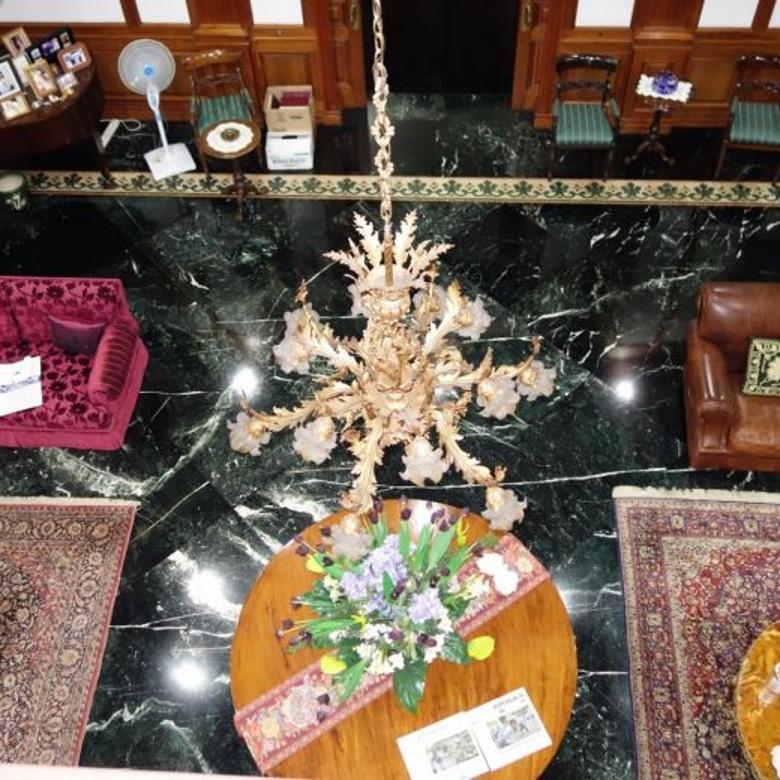 Dijual Rumah Eksklusif Dengan View Golf, Pondok Indah