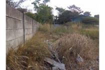 Tanah Komersial/Industri di Jalan Maloko Cisauk. 10 menit dari Tol BSD