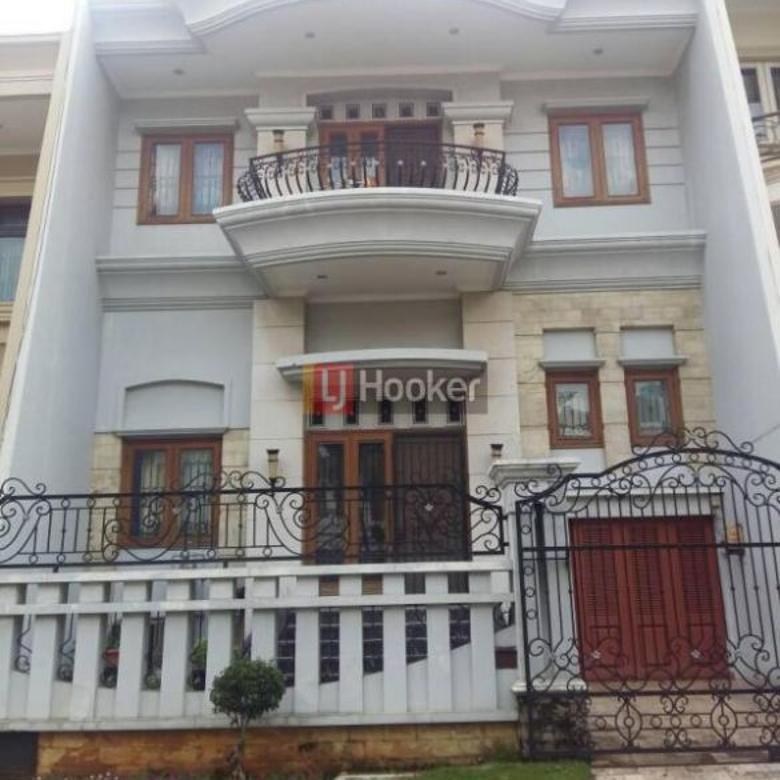 Rumah Di Jalan Vila Permata Gading, Area Kelapa Gading