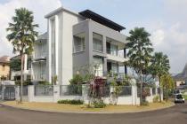Rumah Exlusive Semi Furnish Di taman Imperial Golf Sentul City