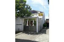 Dijual Rumah 2 Lantai Siap Huni & Sangat Luas Petemon Surabaya