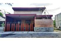 TURUN HARGA...! Rumah UNIK MEWAH Bata Ekspose Cantik Di Utara Stadion Maguwoharjo