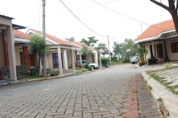 Rumah Mewah Lokasi Strategis 17 Menit ke Taman Rekreasi Wiladatika 17150365