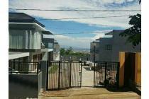 Sisa satu rumah villas house (Cilengkrang Villa's House)