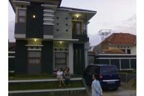 Rumah Mewah Asri Siap Huni Komplek Selaras Alam Sariwangi Bandung