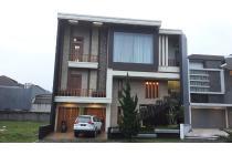 Rumah mewah dijual di Singgasana Pradana