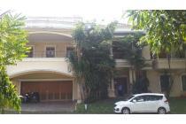 Rumah Exclusive di Perumahan PURI SRIWEDARI CIBUBUR