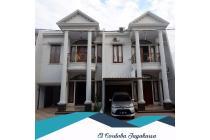 Rumah mewah di El Cordoba Residence 2, Jagakarsa, Jakarta Selatan