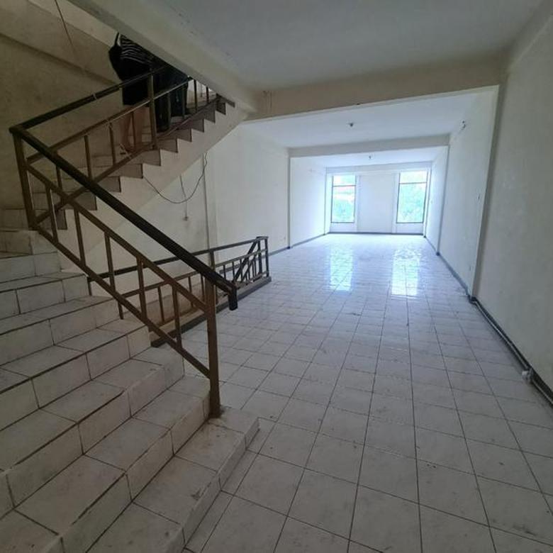 Ruko 3 Lantai Surabaya Timur Di Komp. Pertokoan Barata Jaya