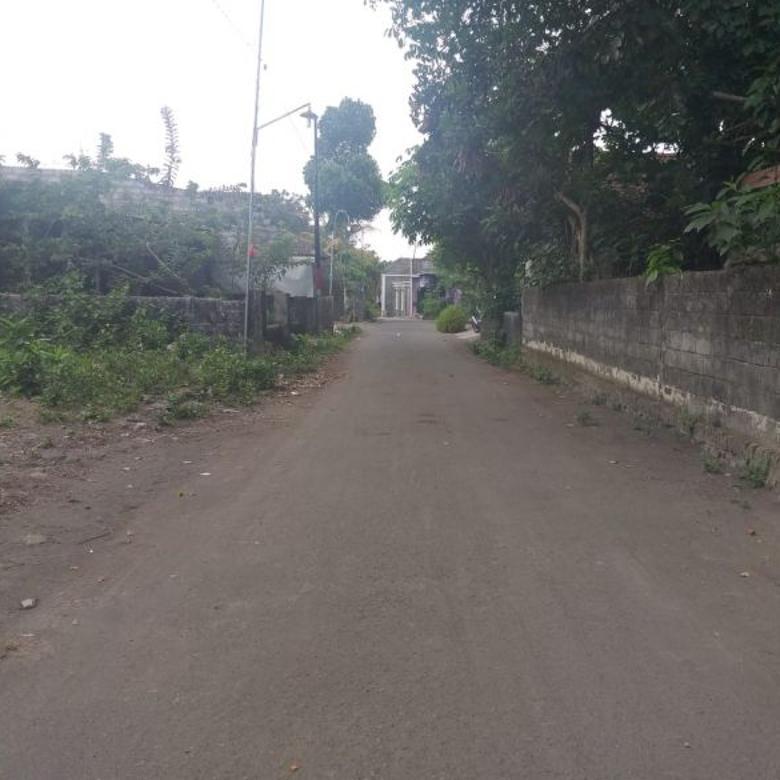 Jual Pekarangan Luas 143 m2 Strategis Dekat Jl Kaliurang Km 8