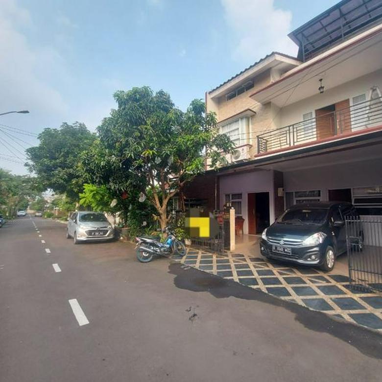 Rumah Minimalis Bangunan 2 Lantai di Bintaro Sek. 9
