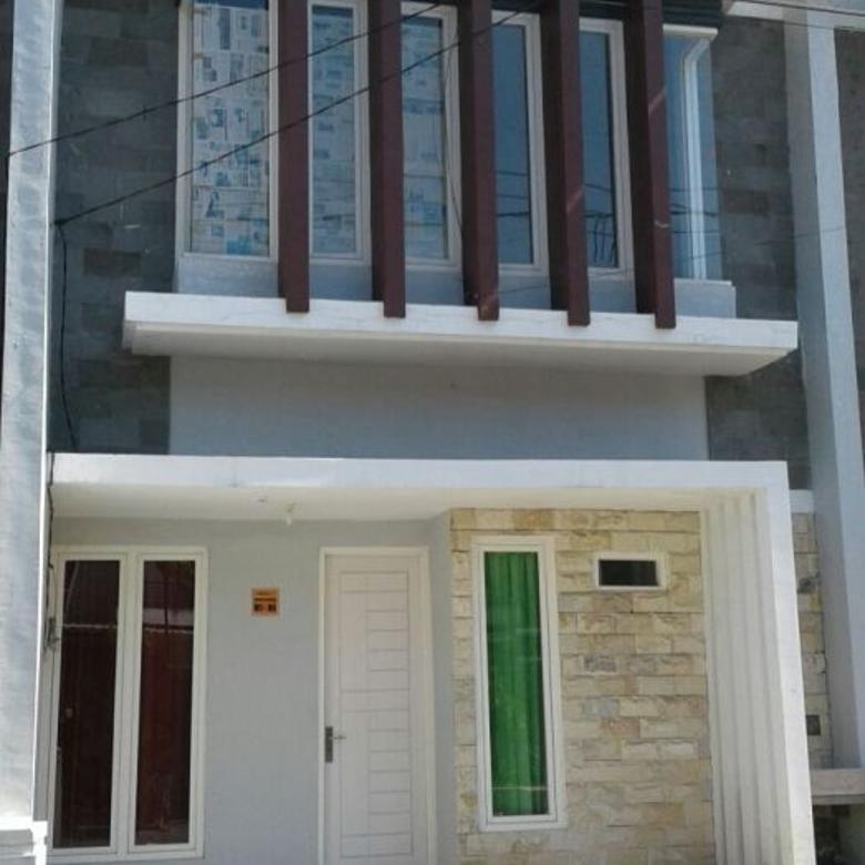 Rumah baru 2 Lantai Green Semanggi Wonorejo Surabaya