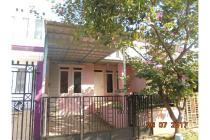 Rumah tengah kota di Kemang Regency