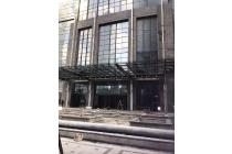 Disewa Ruang Kantor Strategis di District 8 Office Tower Jakarta Selatan