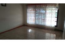 Dijual Rumah di Ranotana Weru