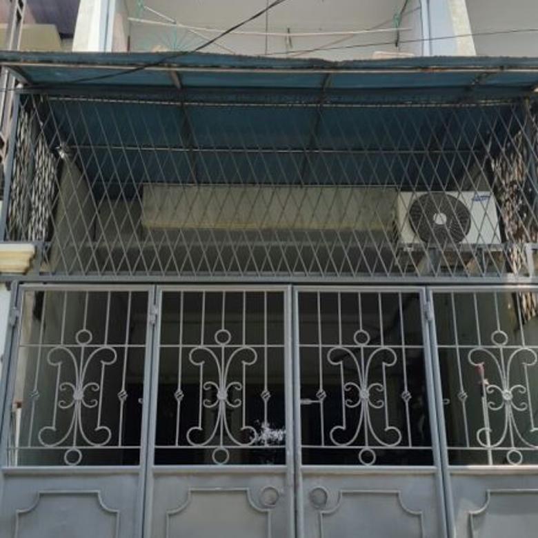 Dijual Rumah Murah Jalan 2 Mobil di Jelambar Jakarta Barat