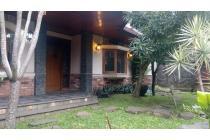 Rumah cantik dan eksotik di utara Bandung