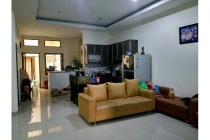 Rumah di Sayap Sudirman
