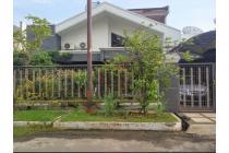 Rumah STRATEGIS Lingkungan Bersih di Kertajaya Indah NEGO KERAS
