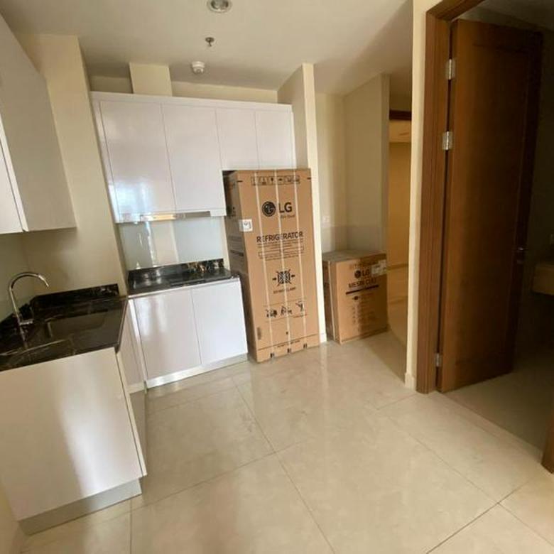 Apartemen Condo Taman Anggrek Residence Semi Furnished