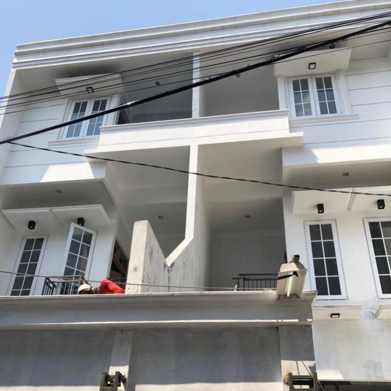 Jual Rumah - di Panglima Polim, Keb. Baru Dekat MRT