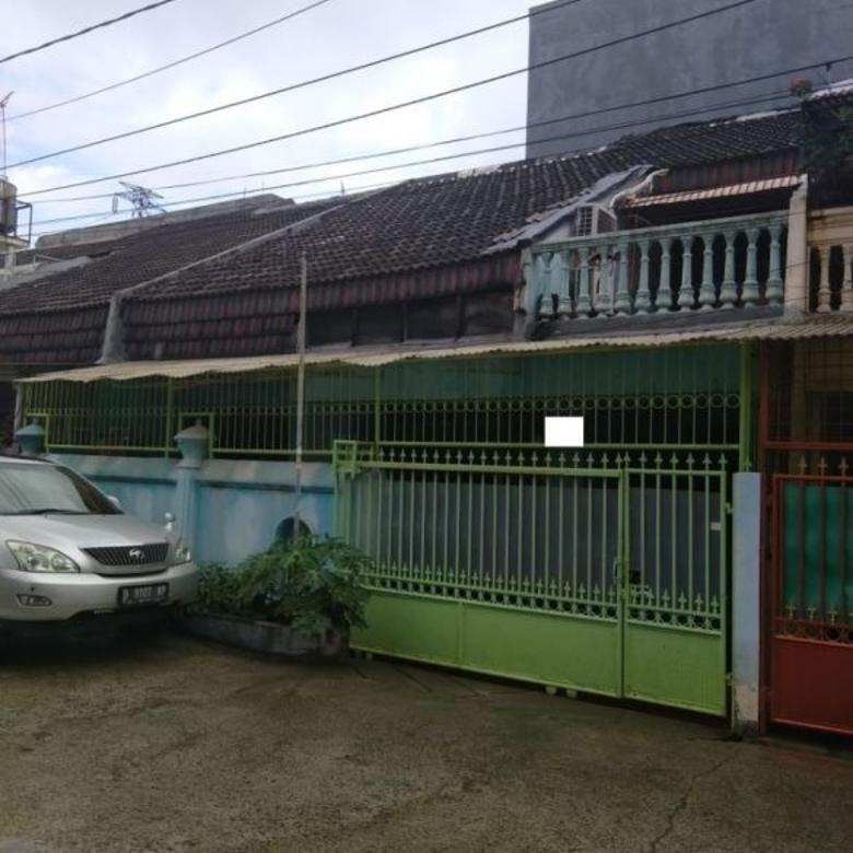 Rumah di Jl. Pluit Karang Elok, Hadap Barat, Bagus, Siap Huni