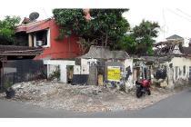 Rumah Tua (Hitung Tanah Saja) di Jalan Pete,Kebayoran Baru, SHM, LT 216 m2