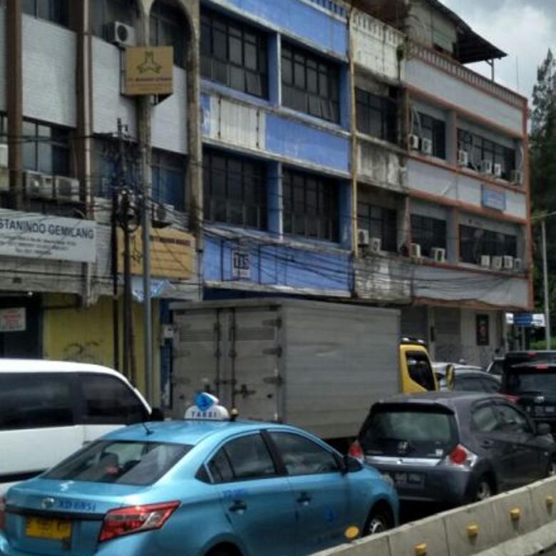 Ruko Pinggir Jalan Raya Jl. Kyai Caringin, Cideng