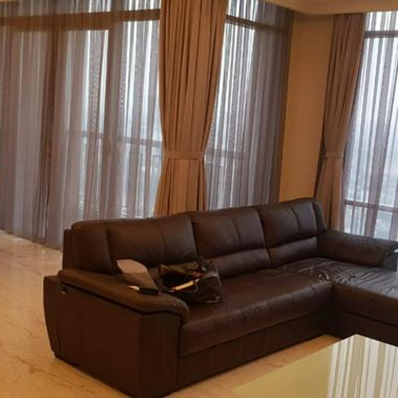 Nice and Luxury 2BR Apartment with Strategic Location @ Botanica Apartment
