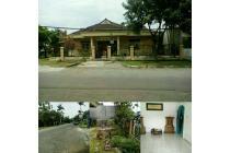 Rumah Lux, Nyaman dan Luas di Antapani