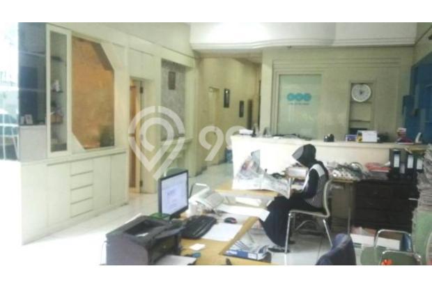 Dijual Rumah Besar bisa Dipakai Tempat Usaha di Tengah Kota 15619011