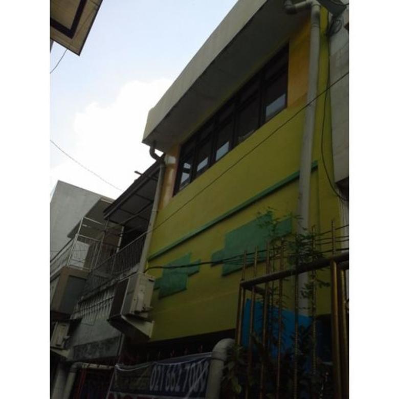 Rumah di Gg. Petike, Perniagaan, Toko Tiga Pancoran disewakan Full Furnish