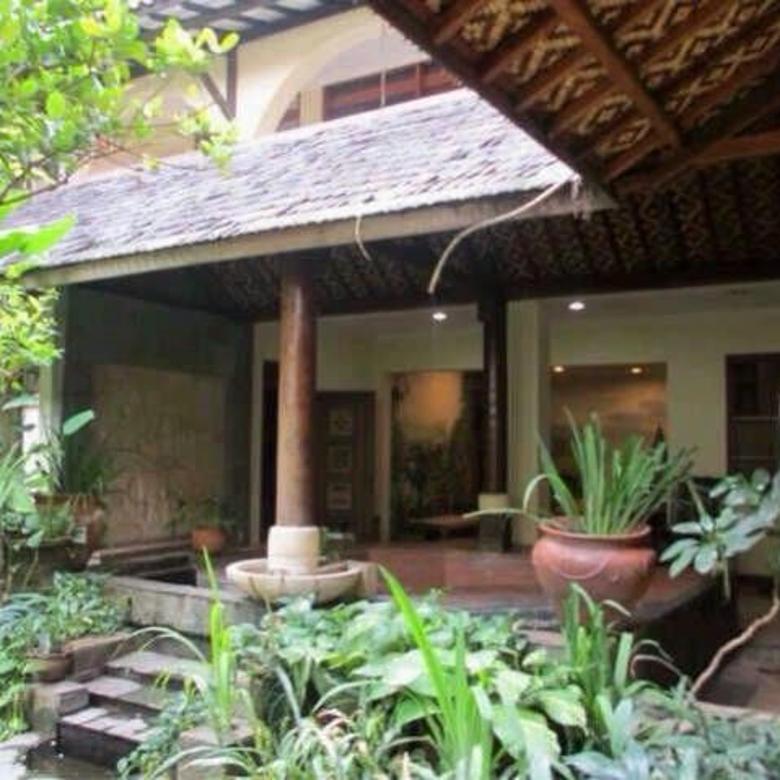 Tempat Usaha Luas dan Exclusive di Prapanca