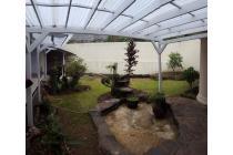 rumah lokasi strategis dg lingkungan tenang, ada tmn dpn dan blkg, Jl. Lemb