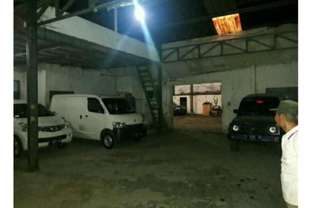 Rumah di Jamika Bandung, Jual Rumah dan Gudang dekat Pasar Ciroyom 11166949
