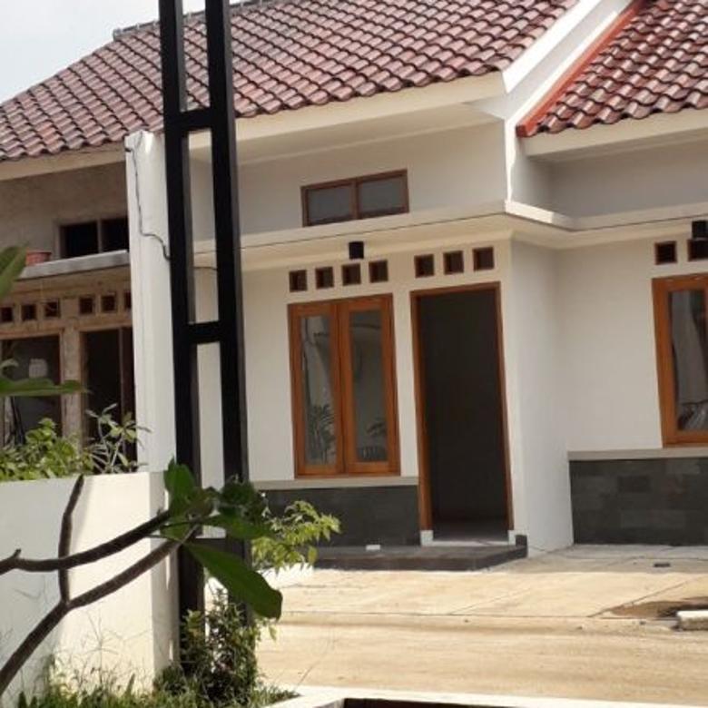 Rumah Selangkah ke Tol Desari,Siap Huni