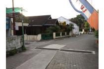 Rumah di Jalan Magelang km 5 Dalam Ringroad Dekat TVRI