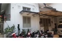 Rumah Pusat Kota, Area kelenteng dekat China Town LT:253 LB:300
