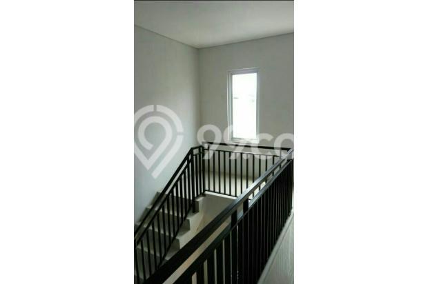 Di jual Rumah 2 lantai Dekat Exit pintu tol Taman Mini 15422812