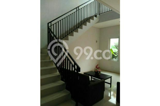 Di jual Rumah 2 lantai Dekat Exit pintu tol Taman Mini 15433814