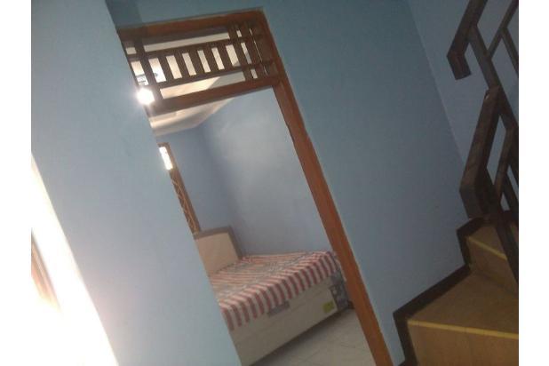 Rumah Minimalis Lantai 2 di Taman Cipayung 13244414