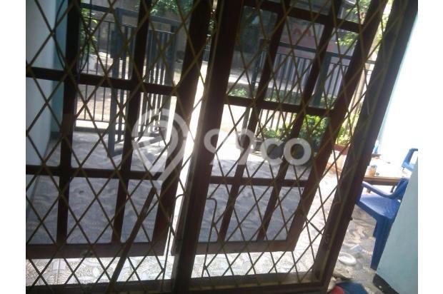 Rumah Minimalis Lantai 2 di Taman Cipayung 13244430