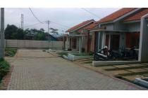 Fasilitas umum berada di wilayah komplek,keamanan dijamin,rumah Kirana Town
