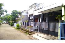 Rumah cantik dan terawat di perumahan binong permai karawaci Tangerang