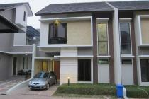 Townhouse Jagakarsa, Tropical Minimalis, 2 Lantai (DS)