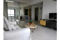 Best Pool & City View Apartment Taman Beverly Surabaya