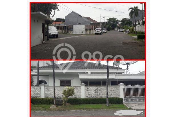 Rumah dengan ROW jalan lebar di Jemursari 17996388