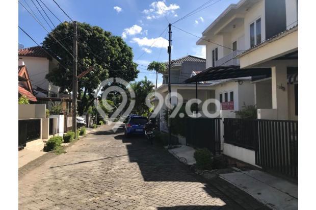 Dijual Rumah Asri Strategis di Puter Bintaro Sektor 5 Bintaro 16578129